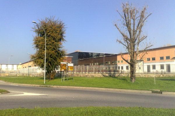 Unità commerciali e uffici in vendita a Peschiera Borromeo (MI) - Via Grandi, 4