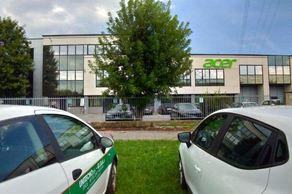 Uffici, laboratori e servizi commerciali - Arese (MI), via delle Industrie angolo Via Marconi